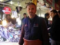 BALIKÇI ESNAFI - Dev Kurşun Balığı İçin Vatandaşlar Sıraya Girdi