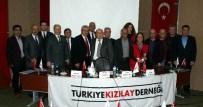 HÜSEYIN TÜRKOĞLU - Salihli Kızılay'da Türkoğlu Güven Tazeledi