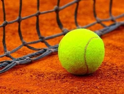 Teniste hakem skandalı