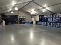 AHMET EMIN YALMAN - Beyoğlu Belediyesi Buz Pisti Açıldı