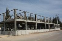 BEKLEME ODASı - Mezarlık Hizmet Binası Yapım Çalışması Devam Ediyor