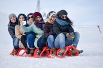 KAYAK SEZONU - Zigana Kayak Merkezi'nde Yüzler Gülüyor
