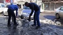 SIBIRYA - Buz Tutan Kaldırımlara İlginç Çözüm