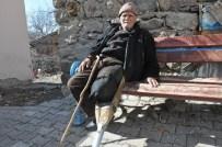 PROTEZ BACAK - 81 Yıldır Kendi Yaptığı 'Tahta Protez Bacakla' Yaşıyor