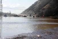 SU TAŞKINI - Bartın'da Yağmur Taşkına Neden Oldu