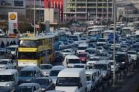 İstanbul Bu Sabah Çileyi Yaşadı