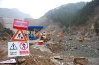 HASAN BOLAT - Baraj Faciasının Üzerinden 4 Yıl Geçti 5 Kişi Hala Kayıp