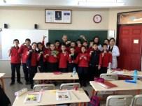 İBRAHİM ATEŞ - Salihli TEMA Öğrencilere Ağaç Kardeşliğini Anlattı