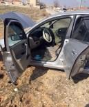 YENICEOBA - Otomobil Durmayınca Tekerleğine Ateş Edildi