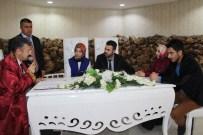 NİKAH DAİRESİ - 29 Şubat'ta Nikah Sayısı Dibe Vurdu