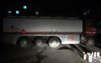 TEM OTOYOLU - Jandarmadan Kaçak Akaryakıt Operasyonu