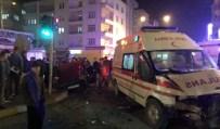 Ambulansla Otomobil Çarpıştı Açıklaması 1 Ölü