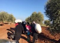 HIZBULLAH - Binlerce Suriyeli Esad'ın Zulmünden Kaçarak Türkiye Sınırına Geliyor