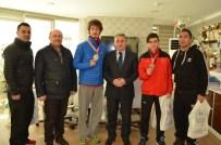 FARUK ŞIMŞEK - Şampiyon Taekvondocuları Kutladı