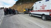 AHMET HAMDI AKPıNAR - Çorum'da Trafik Kazası Açıklaması 7 Yaralı