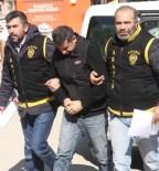 TEKEL BAYİSİ - Takip Ettiği Kişiyi 25 Kez Bıçaklayan Zanlı Adliyeye Sevk Edildi