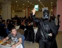 STAR WARS - Üniversite Öğrencilerinden 'Darth Vader' Temalı Festival Duyurusu
