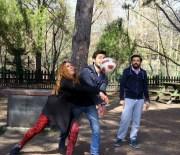MANGAL KEYFİ - YGS Öncesi Piknikte Stres Attılar