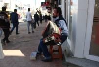 Engelleri Müzikle Aşıyor