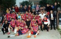 DAVUTLAR - Başkan Ozan, Şampiyon Karpuzlu Belediyespor'u Kutladı