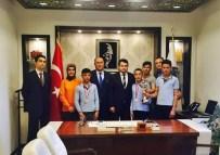HALIL KARA - Kırkalı Öğrenciler Başarılarını Vali Yardımcısı Avcı İle Paylaştılar