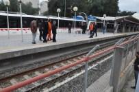 FAHRETTİN ALTAY - Metronun Önüne Atlayarak İntihara Kalkıştı