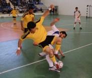 SALON FUTBOLU - Üniversiteler Arası Salon Futbolu Maçında İnönü Üniversitesi Galip