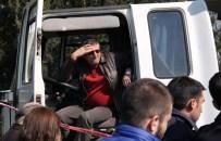 HISAREYN - Kamyonun Altında Kalan Şoför Can Verdi