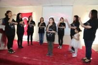 EMINE YıLDıRıM - İşaret Dili İle İstiklal Marşı Duygulandırdı