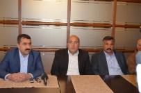 MEHMET ÇIÇEK - Sebzeciler Meyveciler Seyyar Pazarcılar Federasyonu Genel Başkanı Karaca, Malatya Esnafıyla Bir Araya Geldi