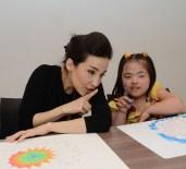 İPEK AÇAR - İpek Açar, Down Sendromlu Çocuklarla Mandala Boyadı