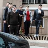 CEM SULTAN - 7. Kattan Atlamaya Kalkan Genci Polis Kurtardı