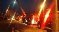 YANGIN PANİĞİ - İzmir'de Kız Öğrenci Yurdunda Yangın Paniği