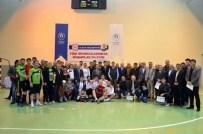 MUHAMMET ESAT EYVAZ - Alaca Belediyesi Voleybol Turnuvası Sona Erdi