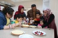 İSMAIL HAKKı KARADAYı - Engelli Çocukların Pasta Heyecanı