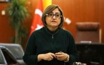 İŞİTME CİHAZI - Minik Büşra'ya, Fatma Şahin Sahip Çıktı