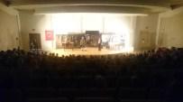 Seydişehir'de Koca Seyit Tiyatro Oyunu Sahnelendi