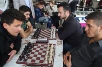 Ezine MYO'da Satranç Turnuvası Düzenlendi