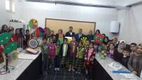 MATEMATİK DERSİ - Üniversite Öğrencileri Gönüllü Matematik Eğitimi Veriyor