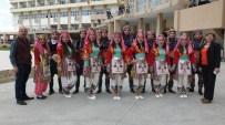 Burhaniye'de Üniversiteli Oyuncular İlgi Gördü