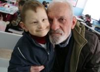 AHMET HAŞIM - 73 Yaşındaki Dede, Böbreğiyle Torununu Hayata Bağladı
