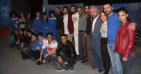 HASAN ÖZER - Hakkari Tiyatro Topluluğu'ndan Anlamlı Yardım