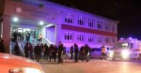 KARŞIT GÖRÜŞLÜ ÖĞRENCİLER - Atatürk Üniversitesi'nde Gerginlik
