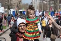 FELEKNAS UCA - Diyarbakır'da 8 Mart Mitingi Sönük Geçti