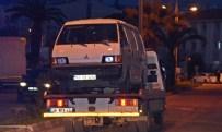Kaçakları Taşıyan Minibüs Polise Çarptı