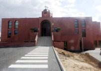 PARİS BÜYÜKELÇİSİ - Türkiye'den Giden Keldaniler Paris'te İkinci Kiliseyi Açtı