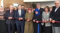 Zeytinburnu'nda Kadınlar Günü'ne Özel Anlamlı Sergi