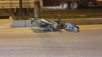 Otomobil İle Motosiklet Çarpıştı Açıklaması 4 Yaralı