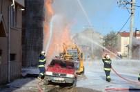 DOĞALGAZ BORUSU - Eskişehir'de Doğalgaz Patlaması Açıklaması 7 Yaralı