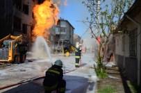 DOĞALGAZ BORUSU - Eskişehir'de Patlama Açıklaması 7 Yaralı !